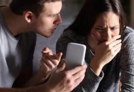 Tips About Boyfriend Cheating App – Catch Him In The Act